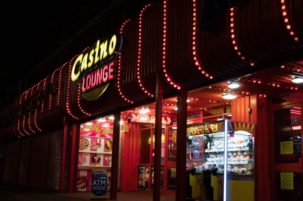 夜のランドカジノ